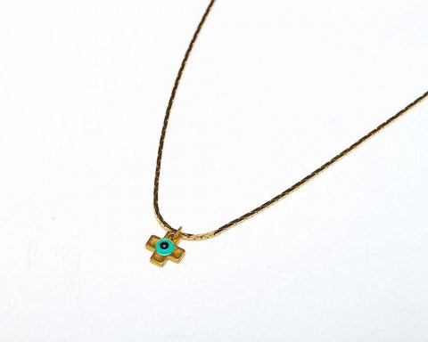 Necklace_w_chai_a001.jpg